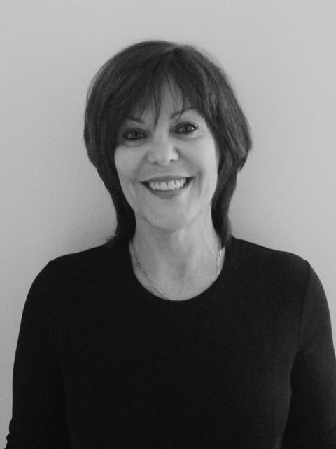 Suzanne Chénard